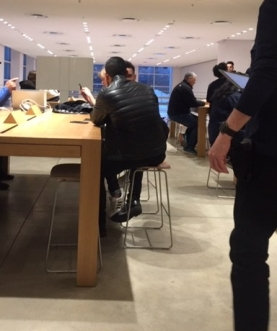 appl genius bar waiting